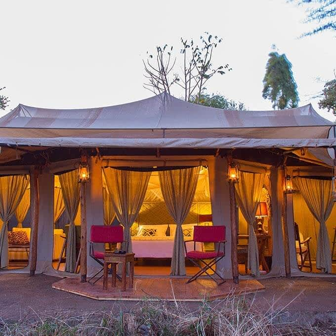 Stay at Ehlane Plains Camp in Serengeti National Park