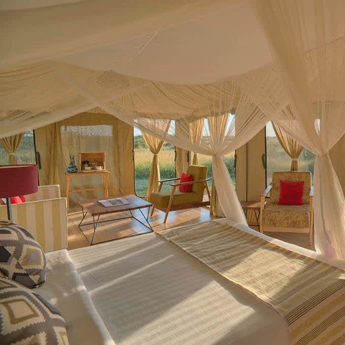 Ehlane Plains Camp offers luxury safari tent in the Serengeti in Tanzania