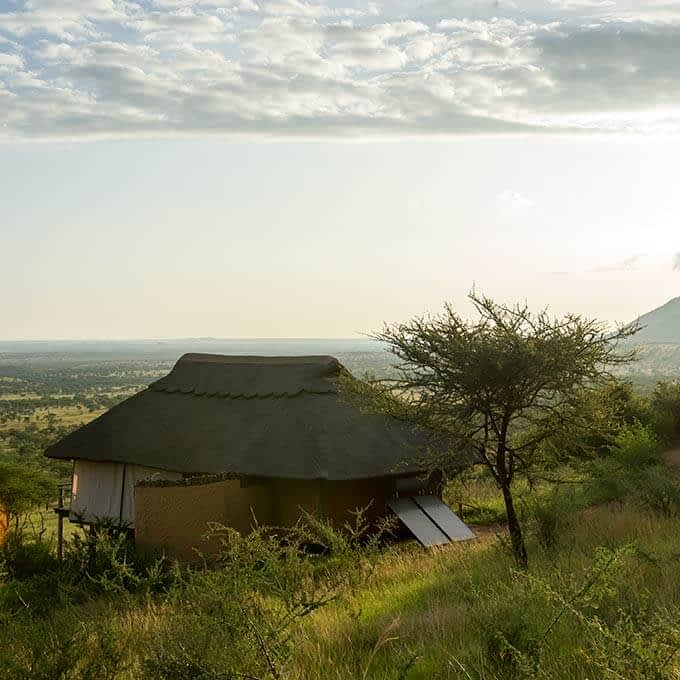 Kubu Kubu is a luxury safari lodge in the Serengeti
