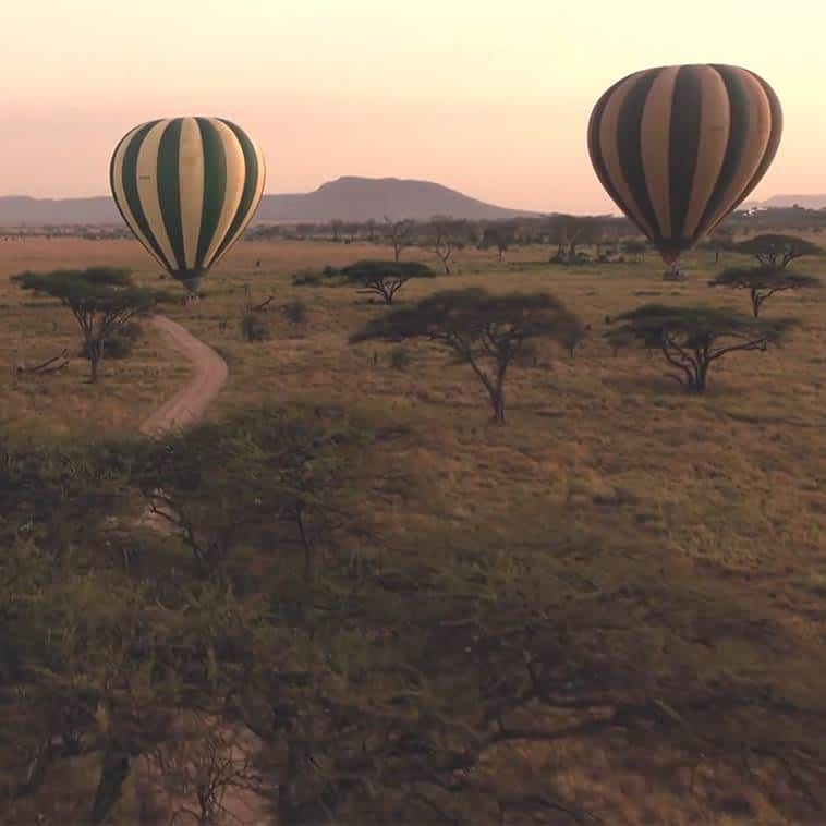 Serengeti balloon safari flight over the national park