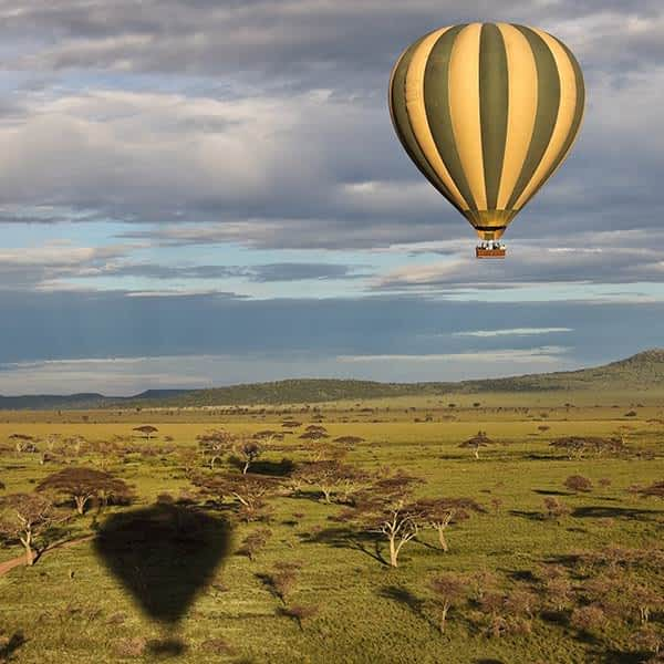 Learn about hot air ballooning in Serengeti